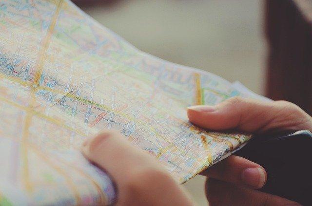 buscar dirección de una persona